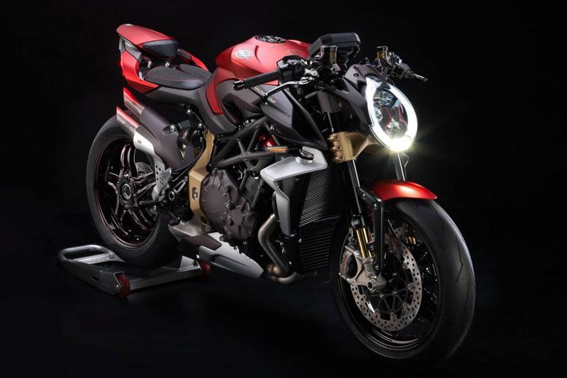 5 mẫu naked bike tốt nhất năm 2019: Kawasaki Z900 RS số một - Hình 2