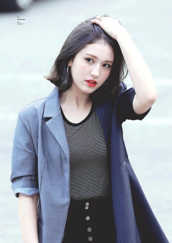 50 idol nữ Kpop được tìm kiếm nhiều nhất Youtube nửa đầu 2019: Jennie dẫn đầu áp đảo, các thành viên BlackPink thi nhau on top - Hình 7
