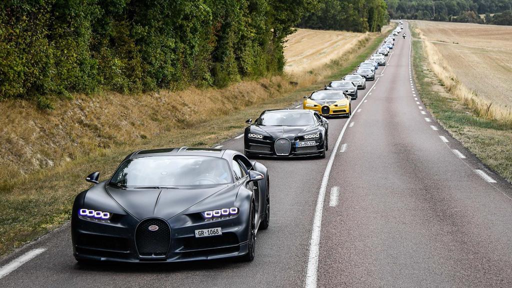 Hàng trăm siêu xe Bugatti hội ngộ nhân kỷ niệm 110 năm thành lập hãng - Hình 18