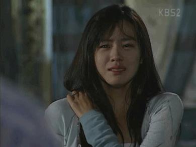 Netizen Hàn đào mộ loạt khoảnh khắc của Son Ye Jin: 16 năm và chị đẹp vẫn là nữ thần của mọi nữ thần - Hình 9