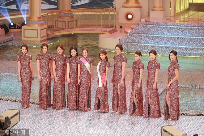 Tân Hoa hậu Hong Kong 2019 vừa đăng quang đã bị chê già nua, nhan sắc thua kém hoàn toàn Á hậu 1 - Hình 13