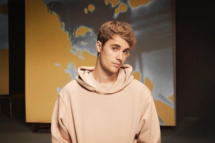 Đe dọa hủy bỏ tour 2020 nếu Yummy không đạt no.1 trên BXH Billboard, Justin Bieber hứng chịu cơn mưa gạch đá - Hình 1