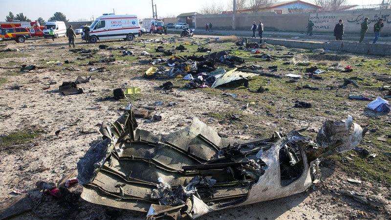Xuất hiện video máy bay Ukraina vừa bốc cháy vừa lao xuống nổ tung - Hình 1