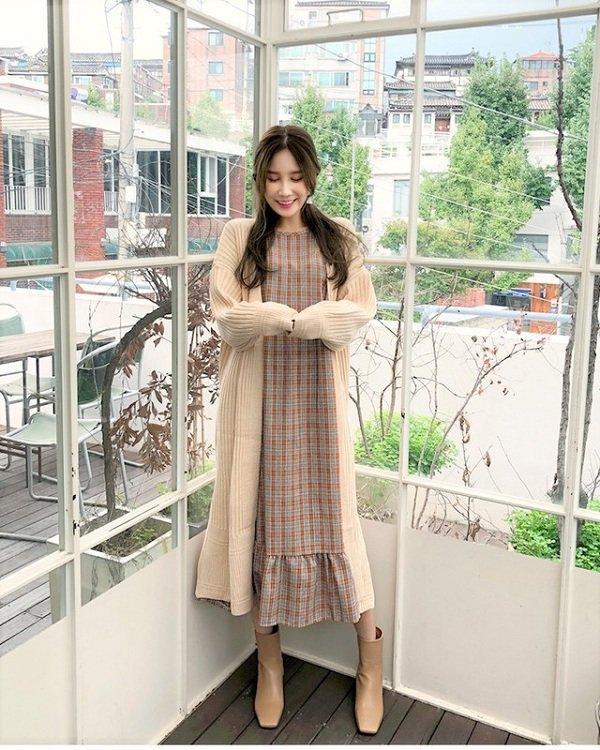 Hà Nội trở lạnh dịp cuối tuần, chị em note ngay các gợi ý trang phục vừa ấm vừa xinh - Hình 3