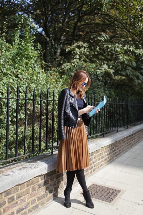 Phối các kiểu áo khoác với chân váy midi - Hình 9