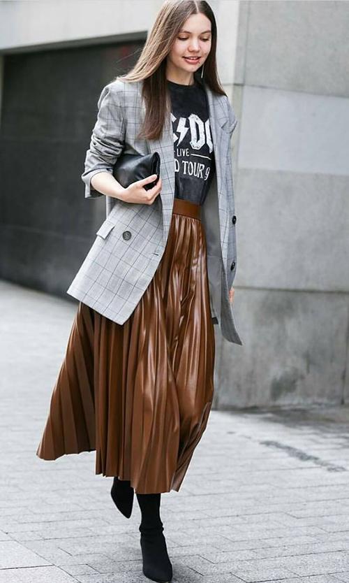 Phối các kiểu áo khoác với chân váy midi - Hình 1