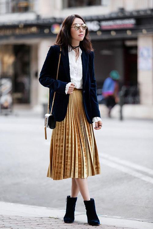 Phối các kiểu áo khoác với chân váy midi - Hình 3