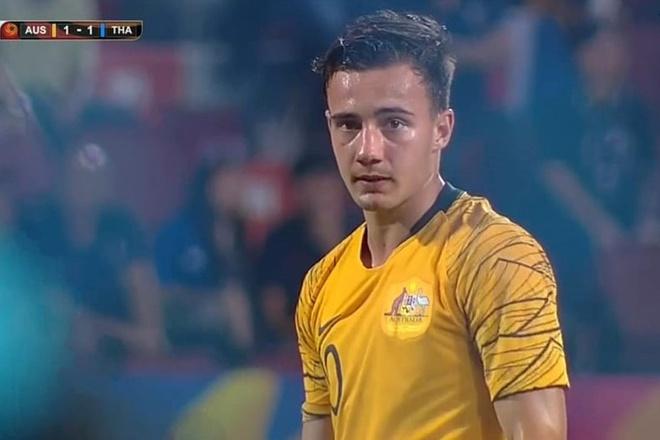 Tiền vệ U23 Australia 6 múi được fan Việt chú ý ở giải châu Á 2020 - Hình 1