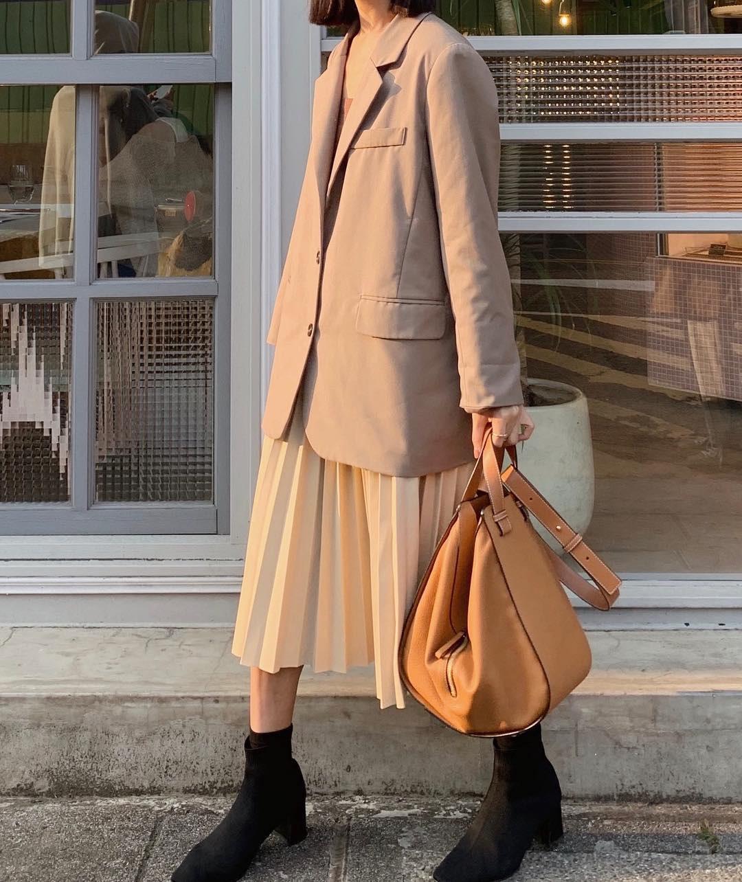 Kiểu gì chị em cũng nên sắm 4 mẫu chân váy sau để Tết đến là đẹp xinh nức nở - Hình 12