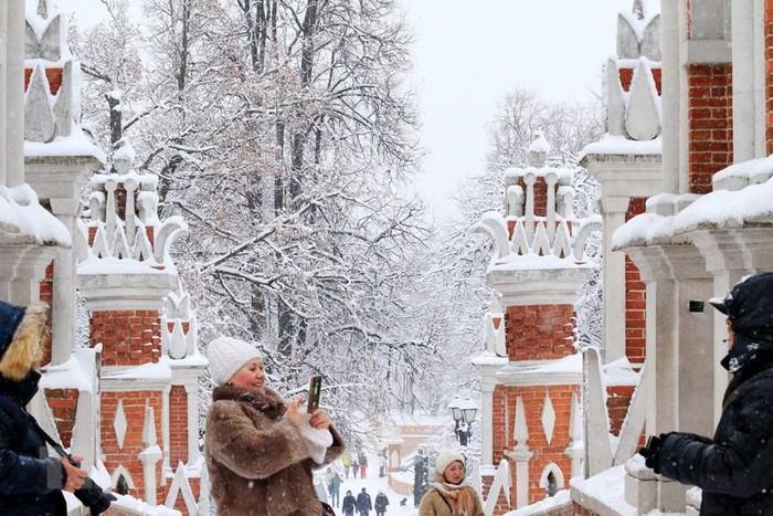 Người dân Moskva lạc vào câu chuyện cổ tích đầy tuyết - Hình 1