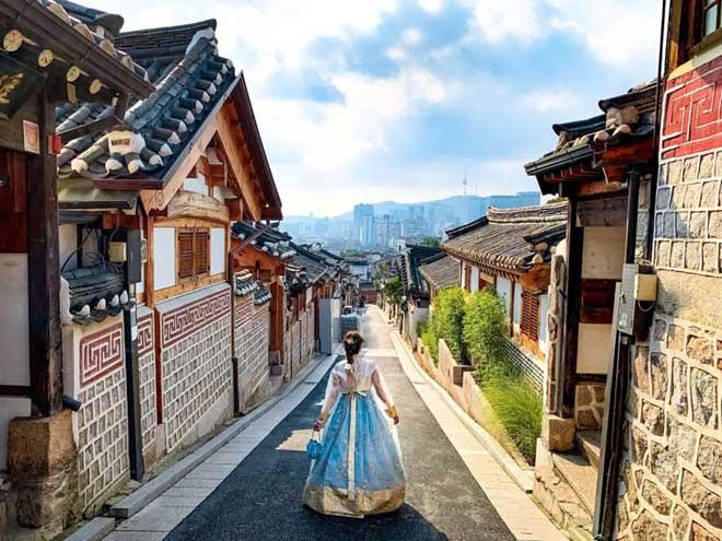 Bukchon Hanok: Ngôi làng cổ nhất ở Hàn Quốc - Hình 1