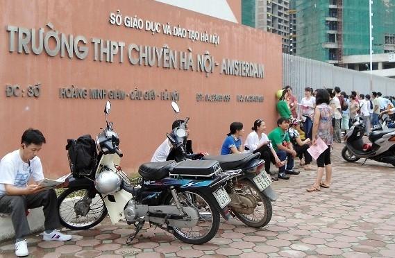 Hà Nội: Bốn trường THPT chuyên tổ chức thi tuyển bổ sung vào ngày 15/1 - Hình 1