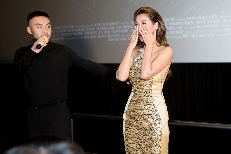 Nam Thư khóc vì 15 năm phải đi diễn đêm Giao thừa, Cẩm Ly tiết lộ lý do nhất định không nhận show đêm 30 - Hình 1