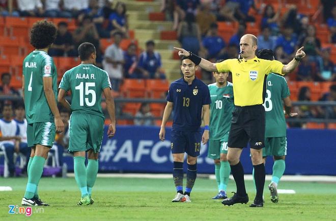 Báo châu Á: U23 Thái Lan được VAR trợ giúp - Hình 1