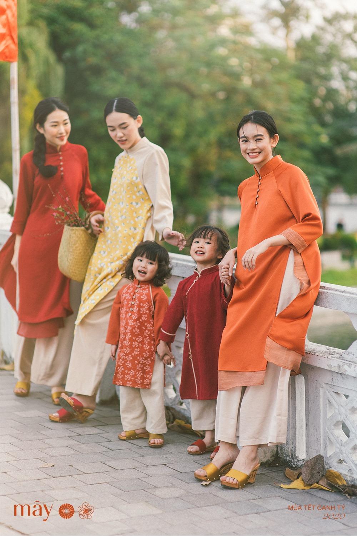 Phụ kiện retro - mảnh ghép hoàn hảo cho tà áo dài ngày Tết - Hình 9