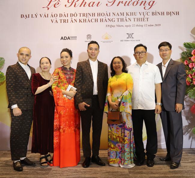 NTK Ánh Hồng và nguồn cảm hứng vô tận với áo dài Việt Công Lý - Hình 5