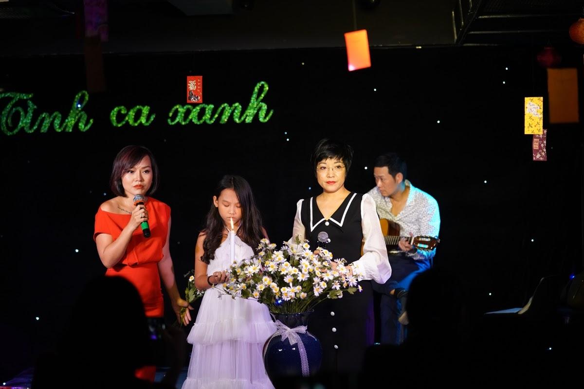 Thái Thùy Linh hát tình ca, rơi nước mắt nói về người tự kỷ - Hình 4