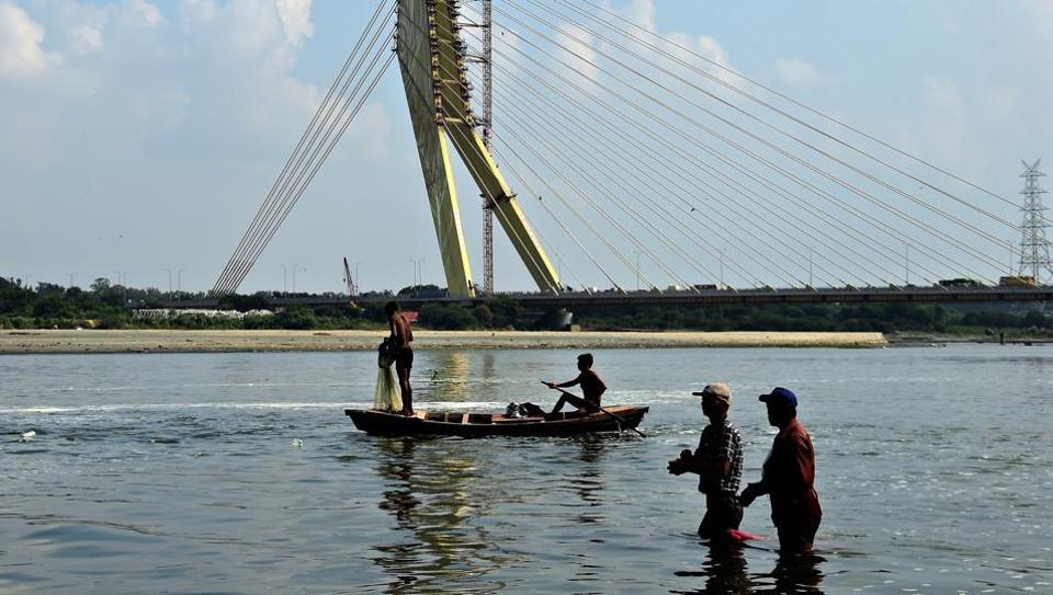 Ngư dân Trung Quốc săn tiền thưởng nhờ tóm thiết bị gián điệp dưới nước - Hình 1