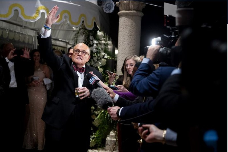 Ông Giuliani sẵn sàng làm chứng, bảo vệ Tổng thống Trump - Hình 1