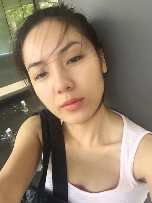 Đẳng cấp mặt mộc dàn mỹ nhân Việt tuổi Tý: Kỳ Duyên gây bất ngờ khi trút bỏ lớp son phấn, làn da Đỗ Mỹ Linh quá đỉnh - Hình 34