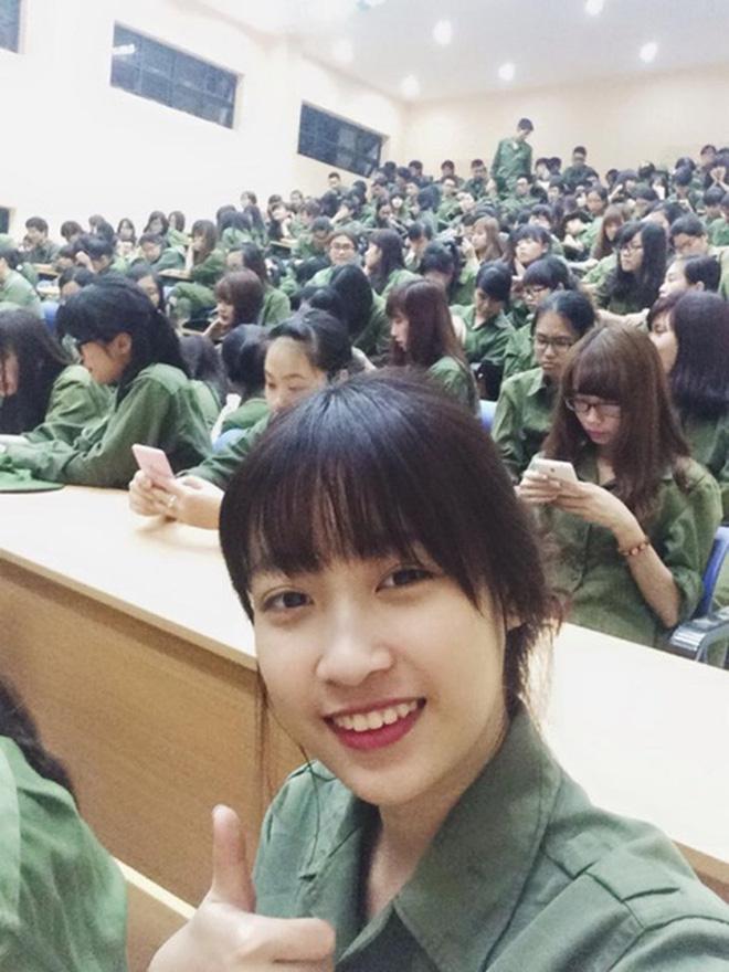 Đẳng cấp mặt mộc dàn mỹ nhân Việt tuổi Tý: Kỳ Duyên gây bất ngờ khi trút bỏ lớp son phấn, làn da Đỗ Mỹ Linh quá đỉnh - Hình 19
