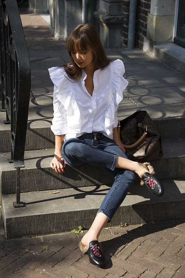 Không muốn mất vui khi xuống phố dạo chơi ngày Tết, đây là những mẫu giày phù hợp nhất - Hình 4