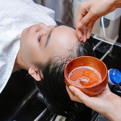 Mua khế về ép lấy nước gội đầu, sau 1 tuần bao nhiêu gàu cũng biến mất, tóc hết rụng - Hình 5
