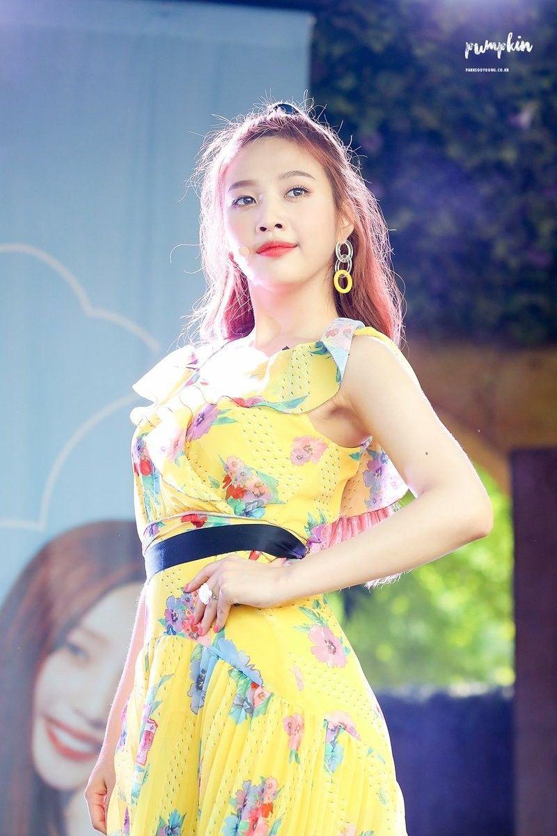 Red Velvet được khen lên đời phong cách sau tin đồn đổi stylist - Hình 7