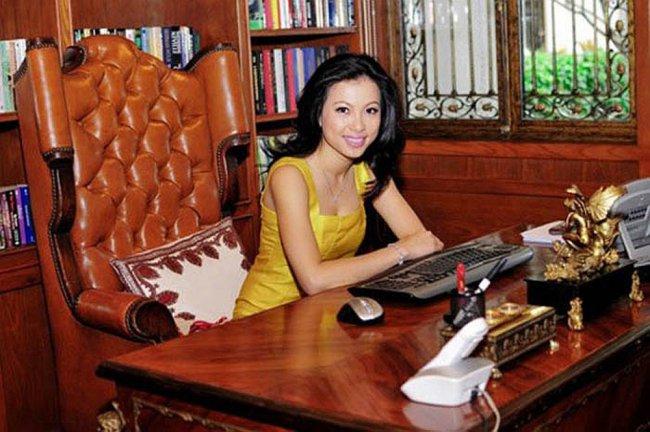 3 Hoa hậu giàu nhất VN: Biệt thự 100 tỷ của Hà Kiều Anh chưa bằng mỹ nhân có cung điện dát vàng - Hình 14