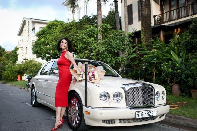 3 Hoa hậu giàu nhất VN: Biệt thự 100 tỷ của Hà Kiều Anh chưa bằng mỹ nhân có cung điện dát vàng - Hình 7
