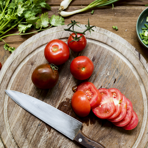 4 loại thực phẩm có khả năng cải lão hoàn đồng giúp phụ nữ U50 trẻ trung, tươi tắn như thời 30 - Hình 1