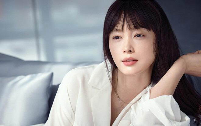 Điểm danh hội người yêu màn ảnh đình đám của Hyun Bin: Chị đẹp Son Ye Jin có địch lại tình cũ Song Hye Kyo? - Hình 10