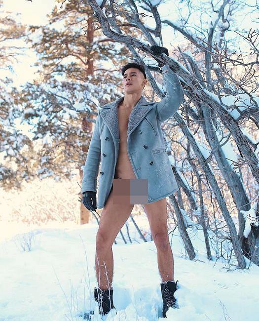 Hồ Vĩnh Khoa gây sốc khi đăng ảnh không mặc quần giữa thời tiết lạnh giá, đầy tuyết - Hình 1