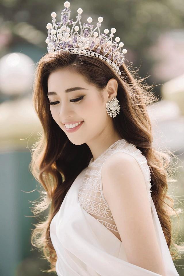 Hoa hậu Khánh Vân: Tôi từng nghĩ mình không hợp với vương miện - Hình 1