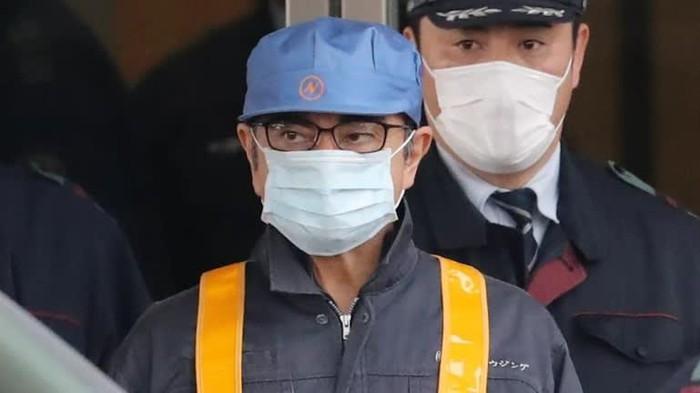 Hộp đen và lỗ hổng sân bay - cựu chủ tịch Nissan đào tẩu ngoạn mục - Hình 1