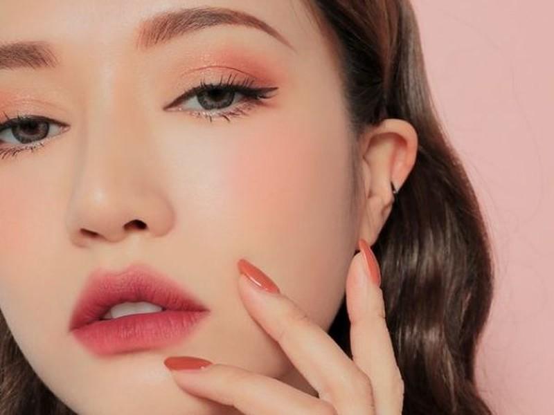 4 thứ nhất định phải có để môi hồng mềm mại, quyến rũ - Hình 4