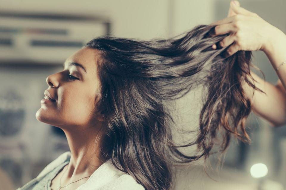 8 cách đơn giản giúp mái tóc dài nhanh siêu tốc - Hình 1
