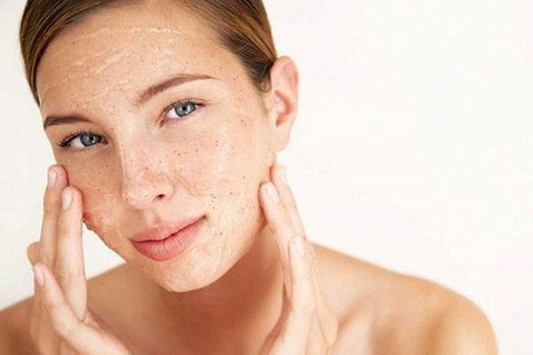 Không bao giờ lo da bong tróc với 7 bí quyết dưỡng da mùa thu đông - Hình 5