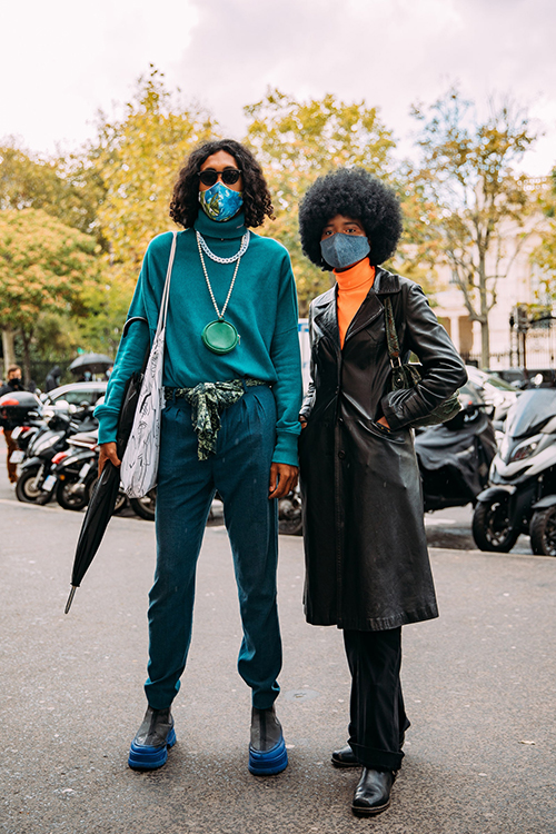 Fashionista dùng khẩu trang như phụ kiện - Hình 8