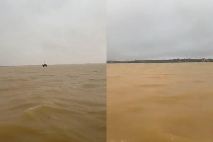 Thủy Tiên hoảng loạn: Quảng Bình lụt thành biển, tiếp cận nhà dân cứu được 2 em bé mắc kẹt - Hình 4