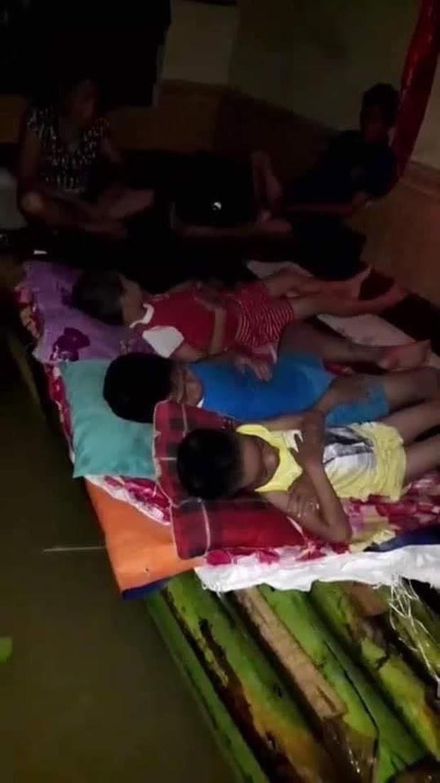 Tịnh thất Bồng Lai gây tranh cãi khi cứu trợ người dân bị lũ lụt như bố thí, ném thùng mì xuống dòng nước bẩn - Hình 3