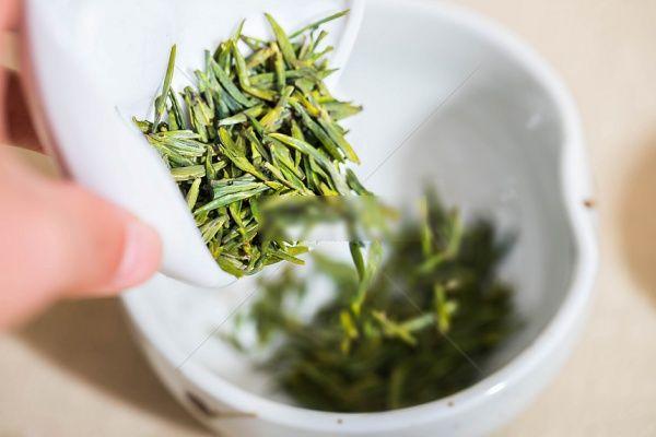 Mặt nạ trà xanh dưa leo: Siêng đắp là da trắng rỡ, sạch đốm thâm - Hình 3