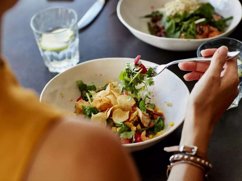 10 mẹo ăn uống giúp bạn nhanh giảm cân - Hình 9