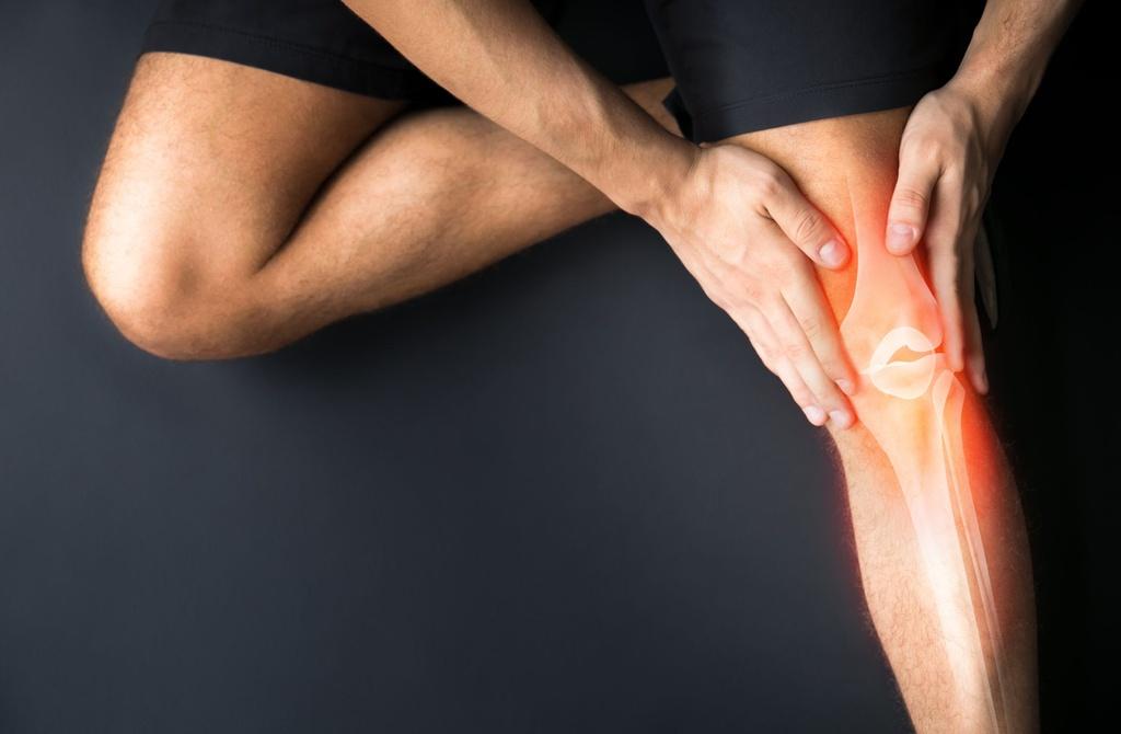 9 tác hại của việc tập tạ quá sức - Hình 3