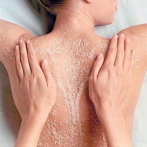Cách làm đẹp độc đáo của phụ nữ khắp thế giới: Massage bằng cát mịn - Hình 2