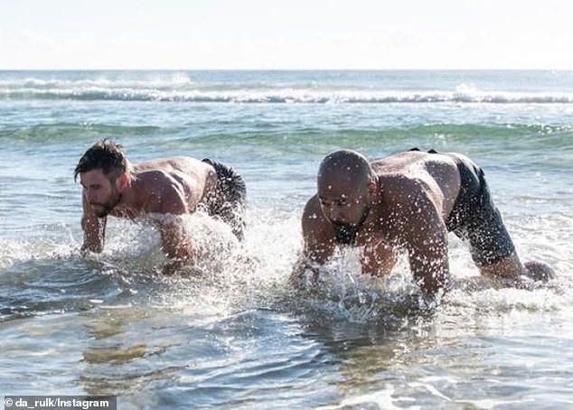 3 nguyên tắc giữ cơ bụng 6 múi của Chris Hemsworth - Hình 2