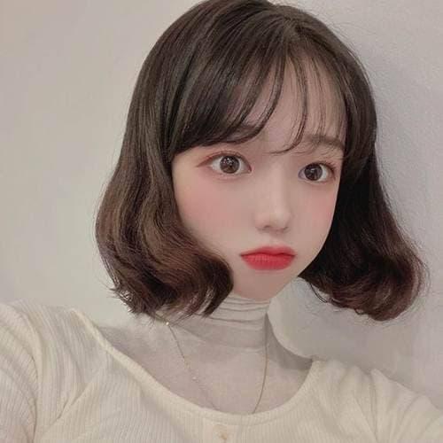 30 kiểu tóc ngắn tóc mái Thêm vẻ đáng yêu cho cô gái có đôi má phúng phính! - Hình 6