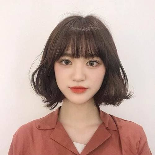 30 kiểu tóc ngắn tóc mái Thêm vẻ đáng yêu cho cô gái có đôi má phúng phính! - Hình 17