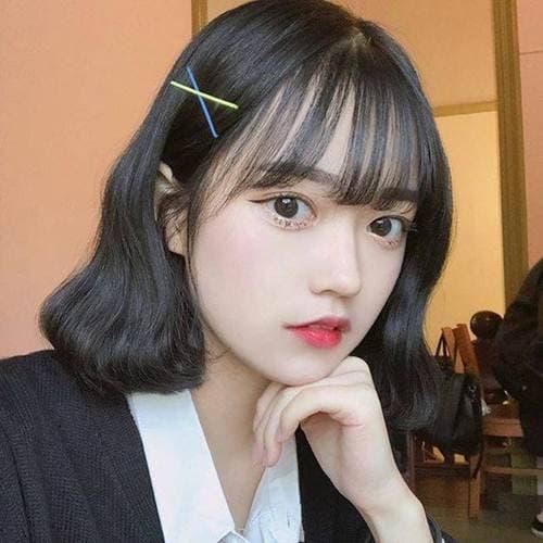 30 kiểu tóc ngắn tóc mái Thêm vẻ đáng yêu cho cô gái có đôi má phúng phính! - Hình 24