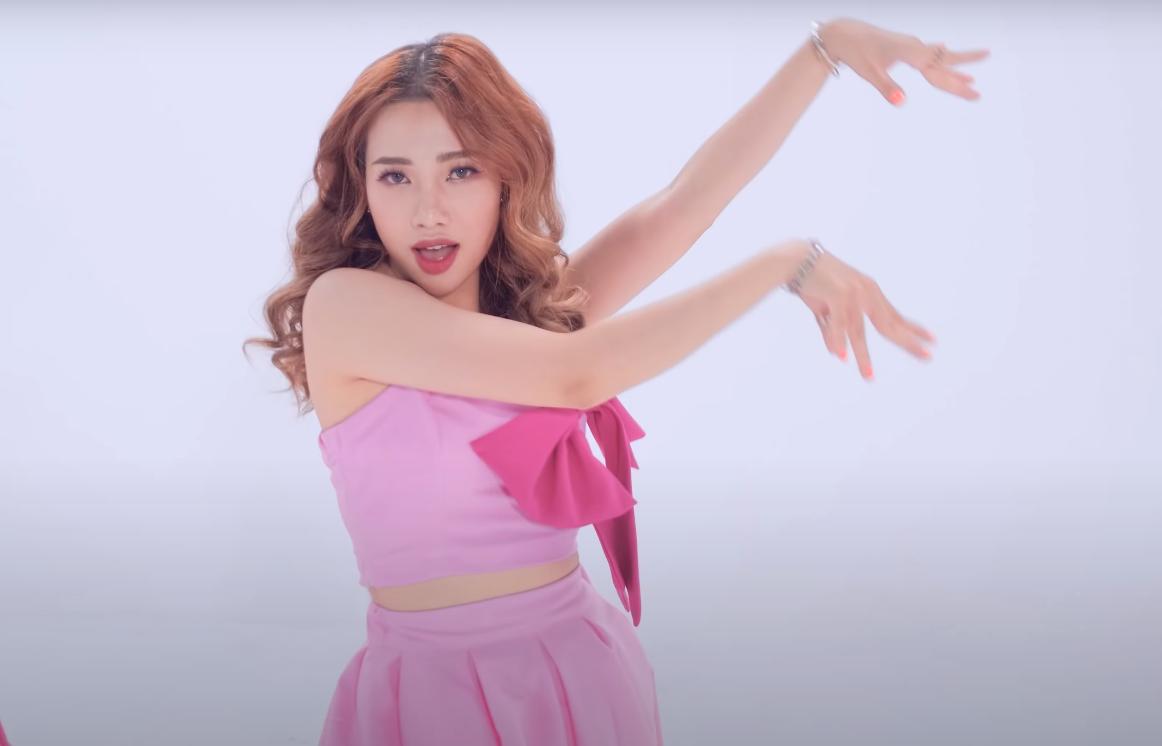 Quinz (Z-Girls) bắt tay B-Wild hút hồn Blink với bản Dance Cover Lovesick girls - Hình 3